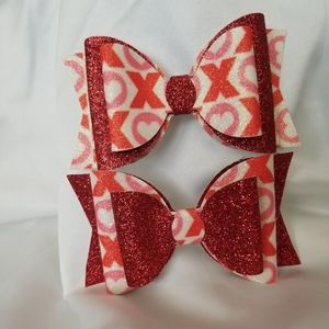 Valentine's day faux leather bows set